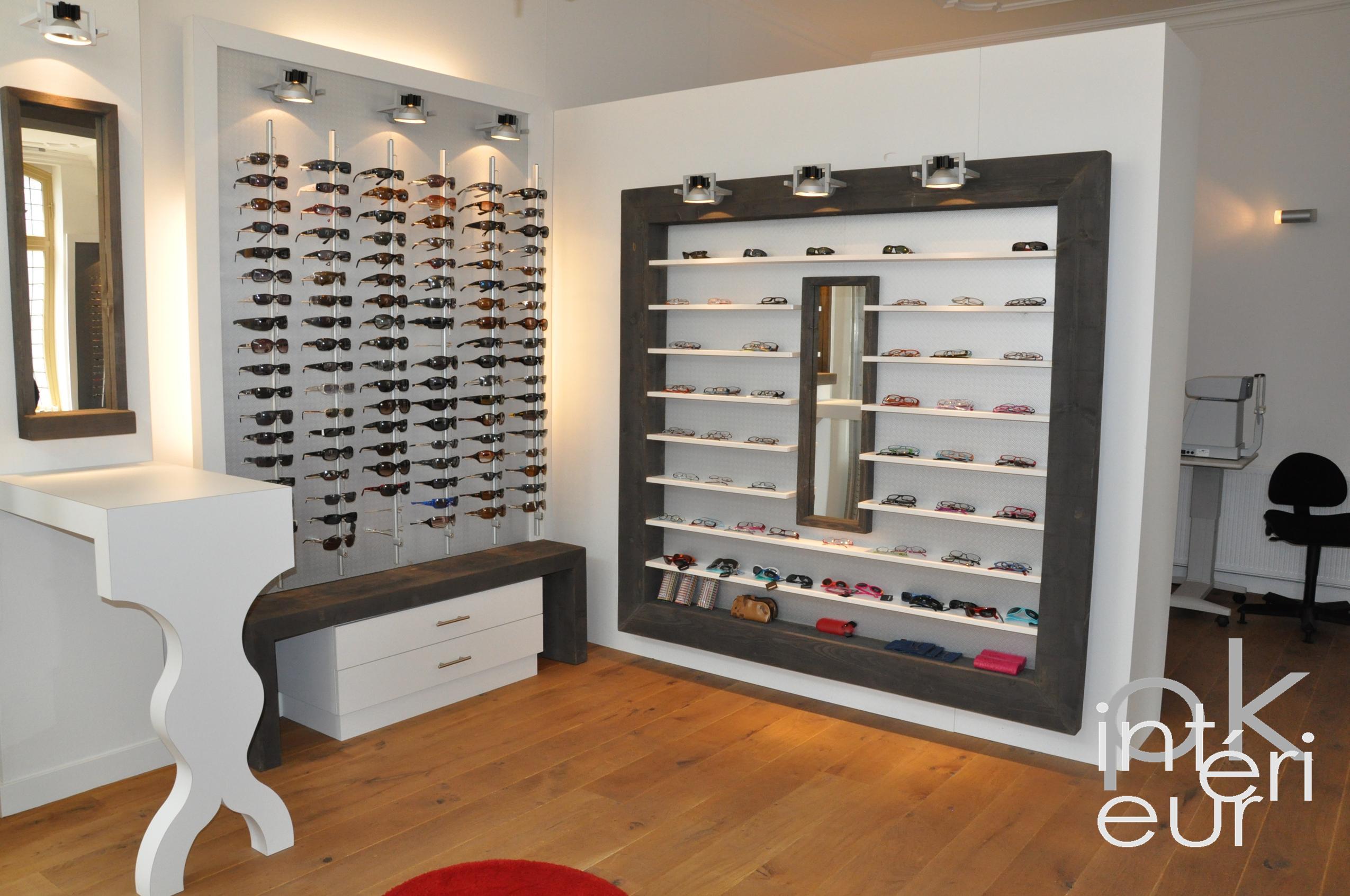 Conception d int rieur et design de mobilier pour for Boutique decoration interieur