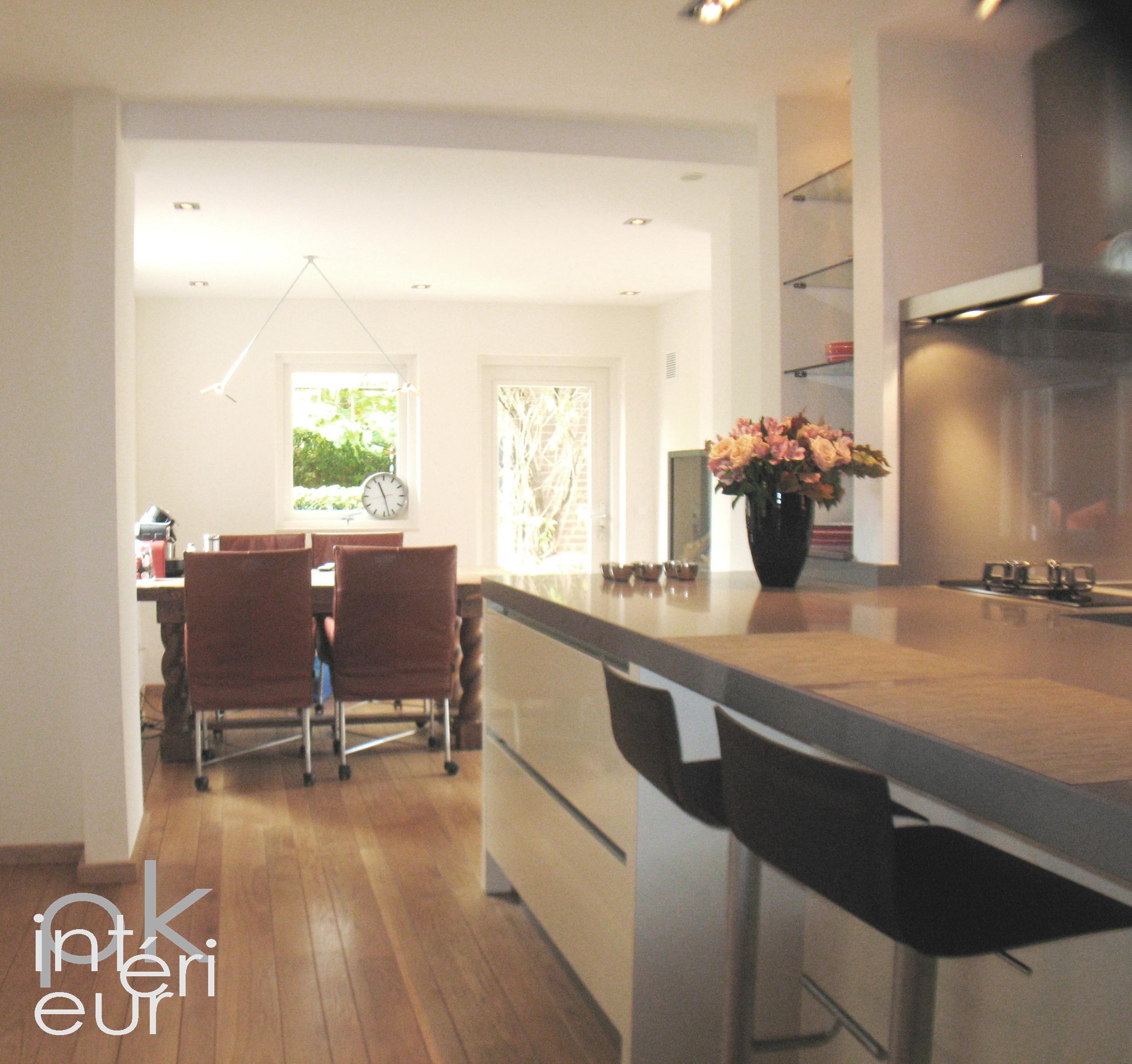 Brede woonkamer inrichten: de beste idee?n voor het modern ...